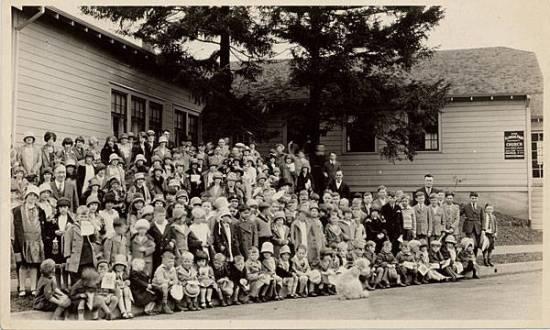 church-1930.jpg