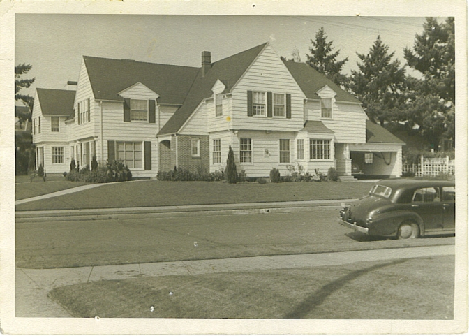 3025 NE Dunckley, built by Frank A. Read in April 1939 at a cost of $10,000. Photo courtesy of John Haleston